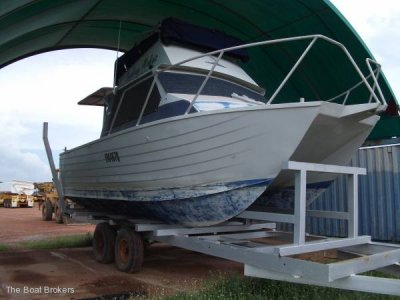Cairns Custom Craft Flybridge Cruiser