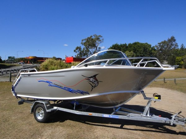 Formosa 480 Classic Runabout