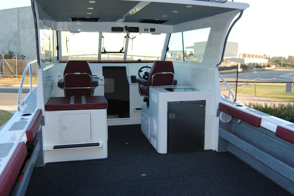 Preston Craft 8m Mirage Tri Hull