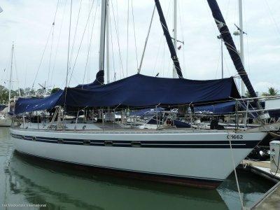 Tayana 55 - Centre Cockpit Performance Sailing Yacht