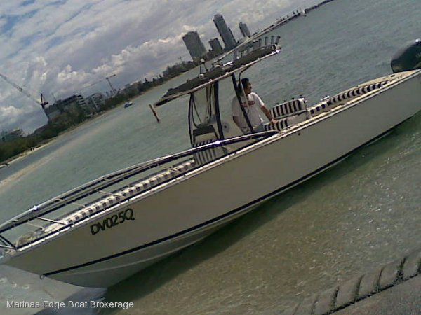 2005 Deep Vee Blackwatch 25 Centre Console Canyon Runner:Optimal performance pleasure craft