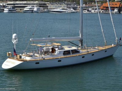 Admiral Marine 76 - Deck Saloon Cruising Yacht:Anchor aft