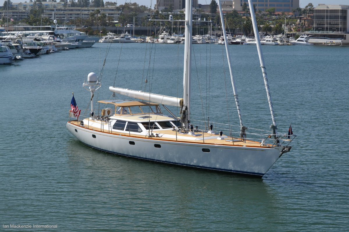 Admiral Marine 76 - Deck Saloon Cruising Yacht:Above forward view
