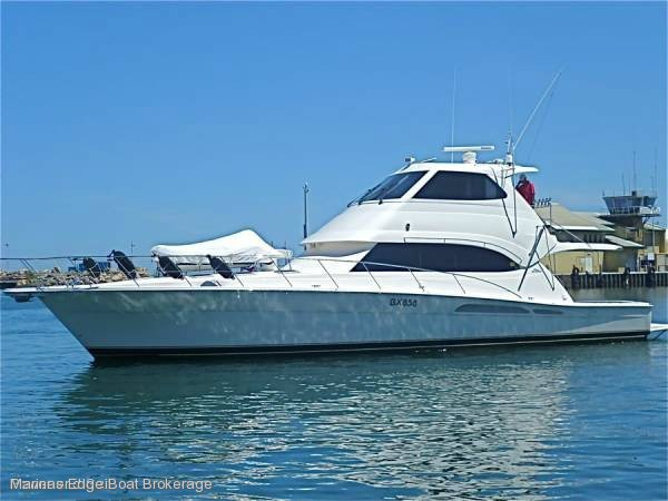 2005 RIVIERA 58 FLYBRIDGE:Pescadore - An Entertainer\'s Dreamboat.