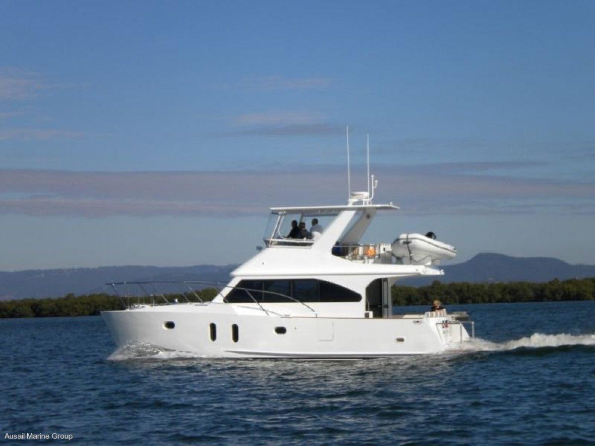 Power Catamaran -12.5m MEC Custom
