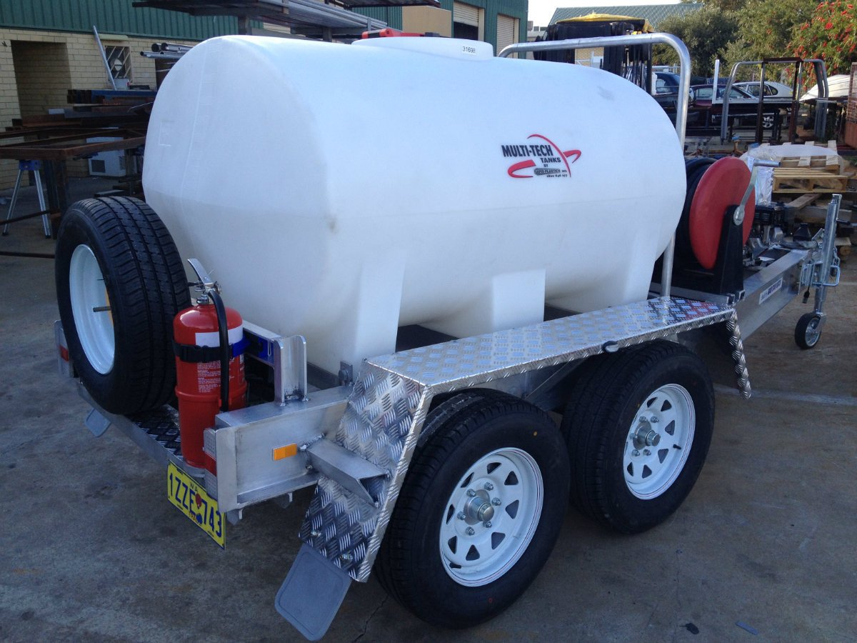 GOLD STAR FIRE FIGHTING TRAILER 1500