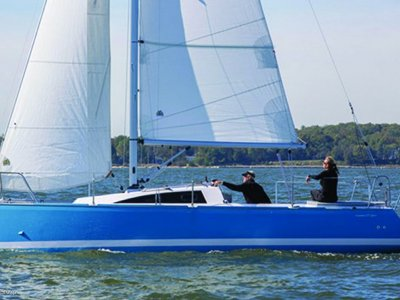New Catalina 275