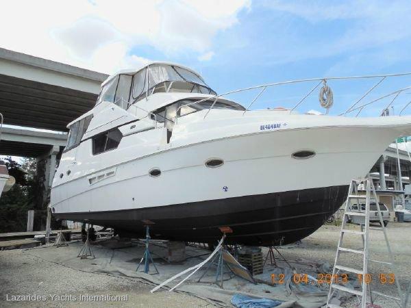 Silverton 453 Motor Yachts