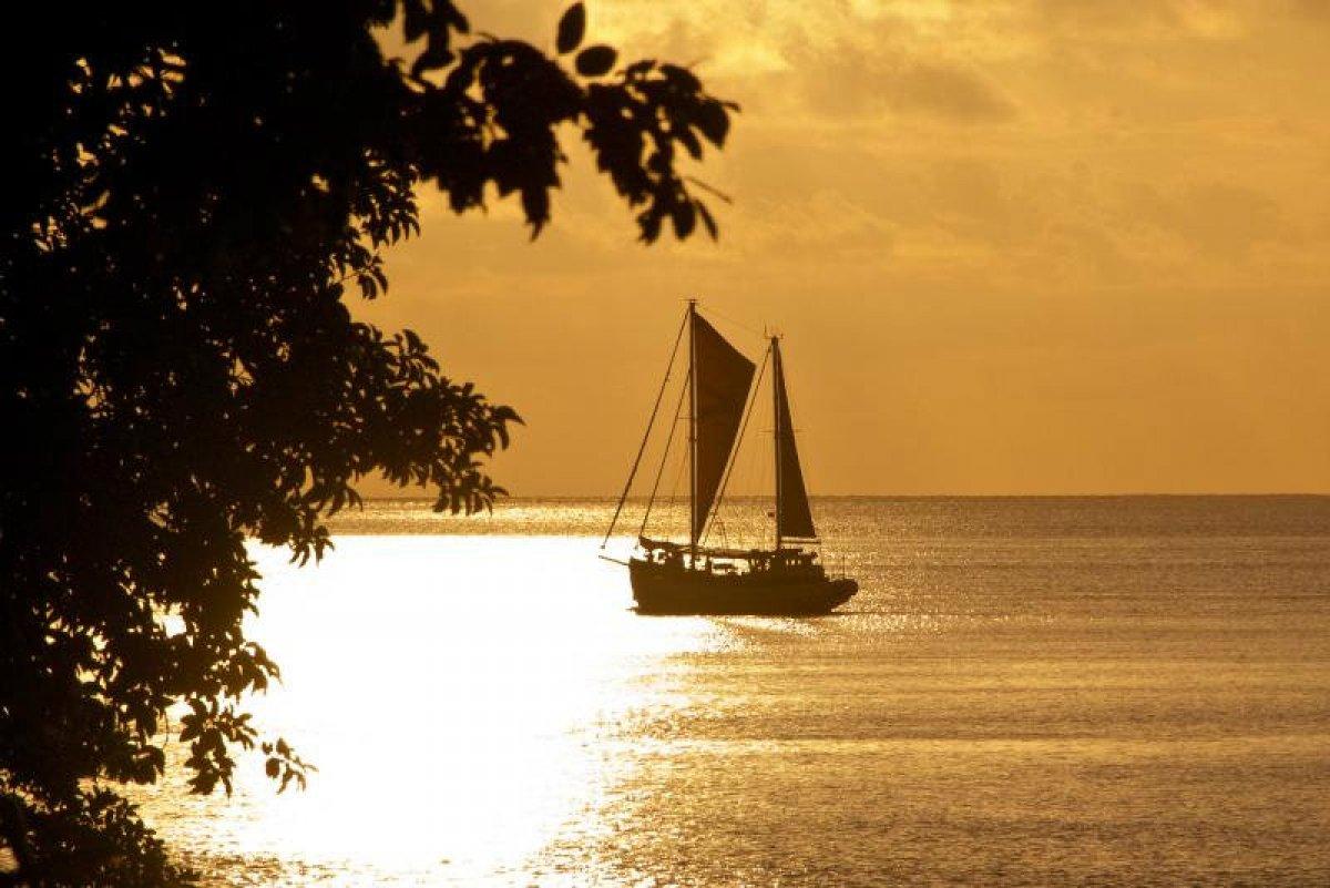 Caraid of Hobart -Charter business in Vanuatu
