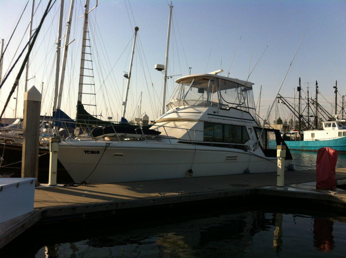 Riviera/mariner 3800 flybridge