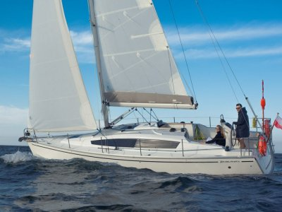 Delphia 34- Click for more info...