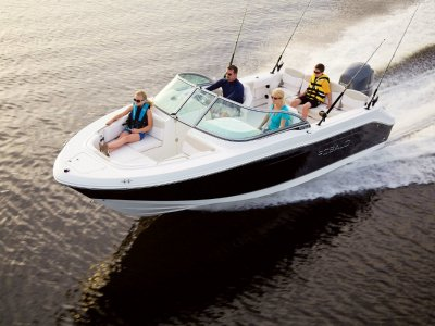 New Robalo R207 Crossover Fish/Ski