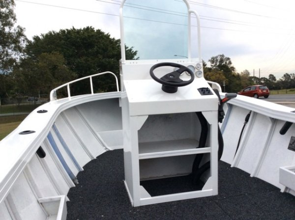 Aquamaster 5.10 Abalone Centre Console