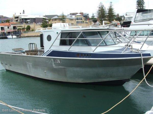 Aluminium Cabin Cruiser ''Seamaster''