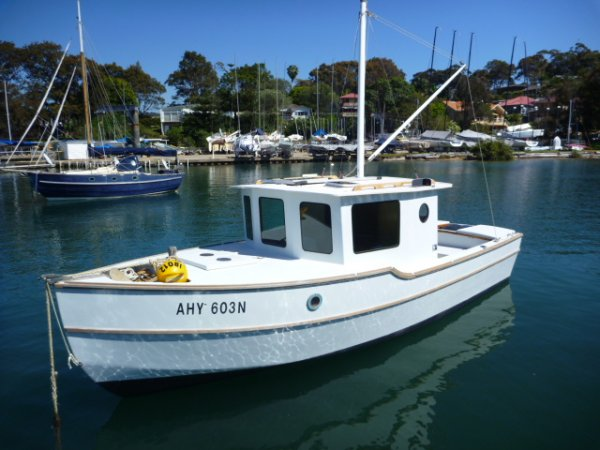 22ft Pilot House Mini Trawler