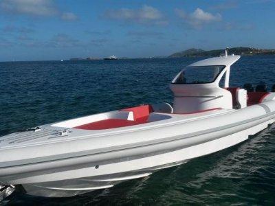 New Pirelli Pzero Pzero 1400 Outboard Edition