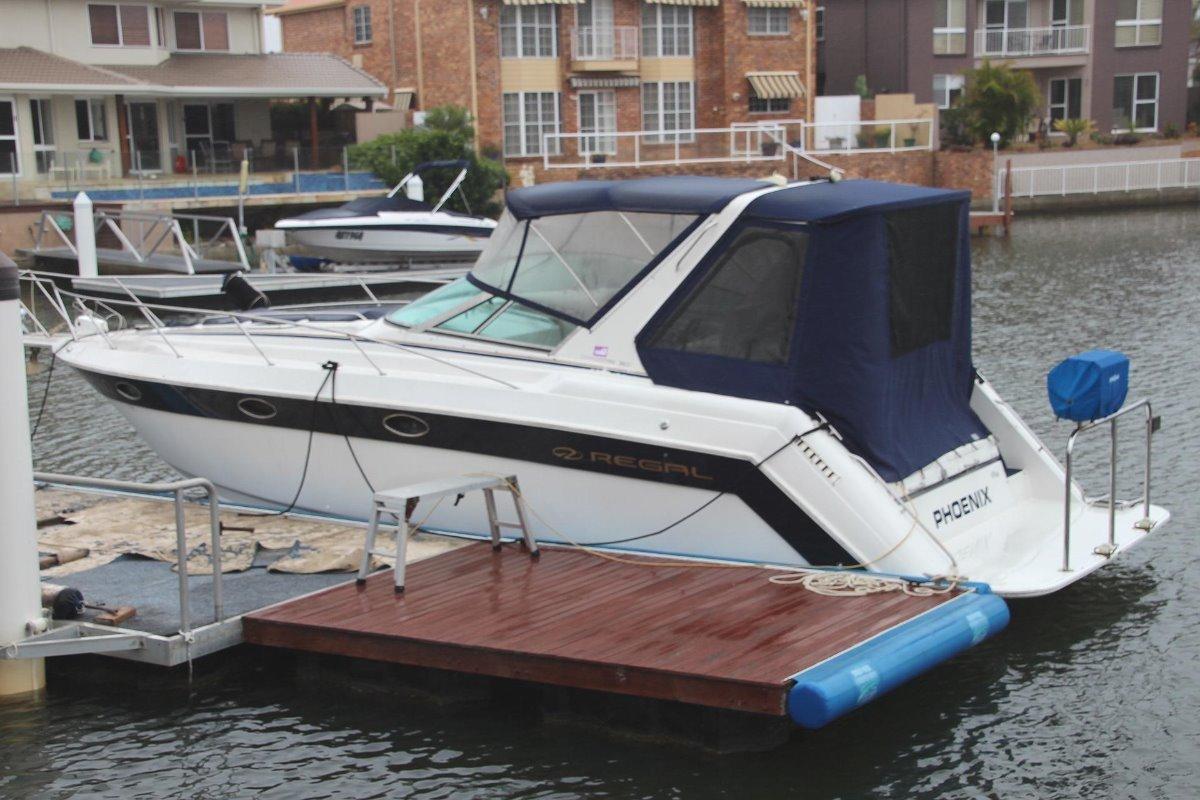 Regal Commodore 322