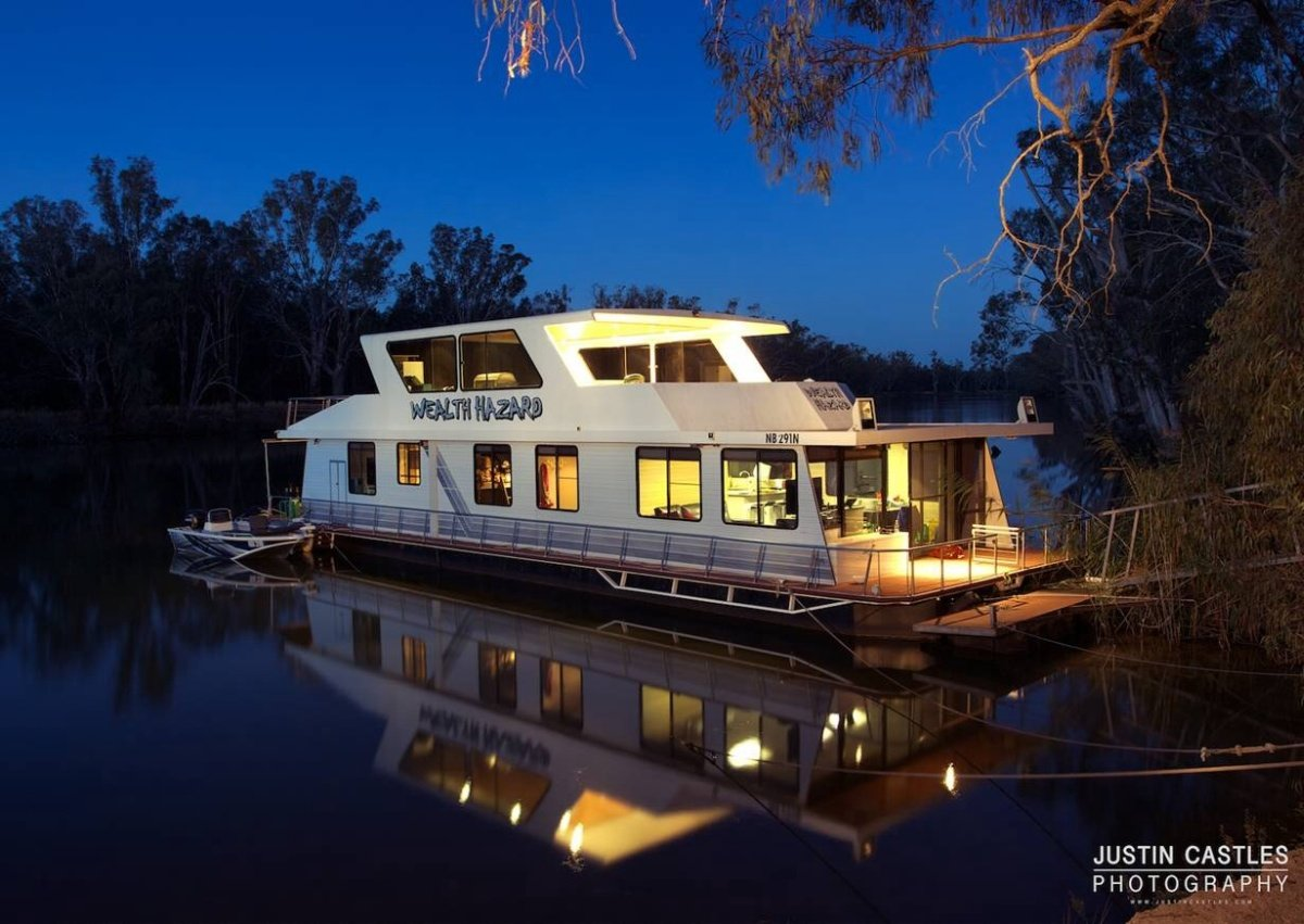 Custom:Houseboat for sale Echuca /Moama