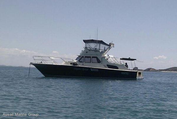 Prestige 42 Flybridge Cruiser