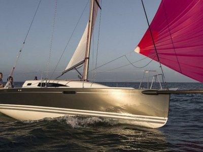 New J Boats J/97e