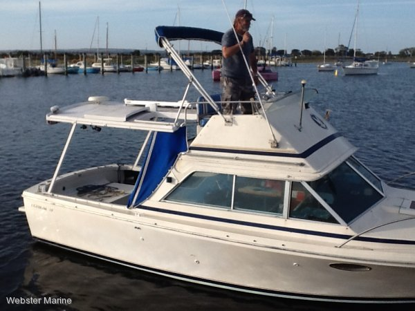 Bertram 25 Flybridge / Caribbean