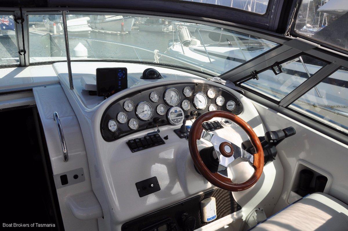 Mustang 3800 Sportscruiser Royale Edition