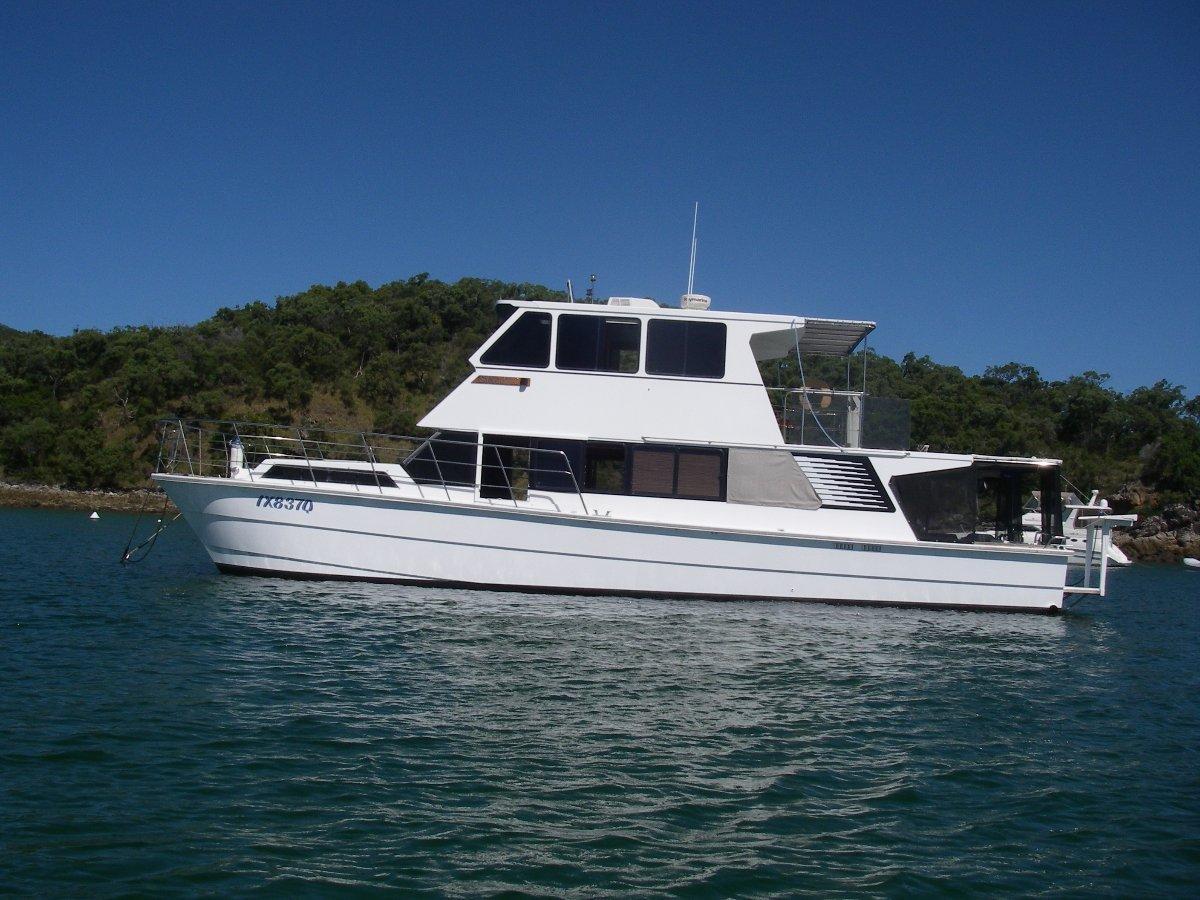 Bruce Harris Power Catamaran