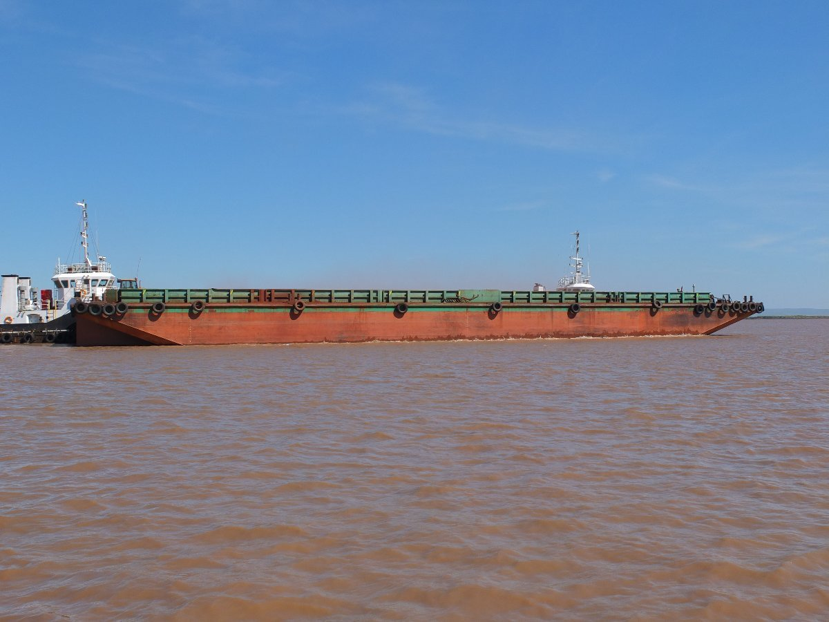 230 x 64 x 14ft 3800T Flat Top Barge