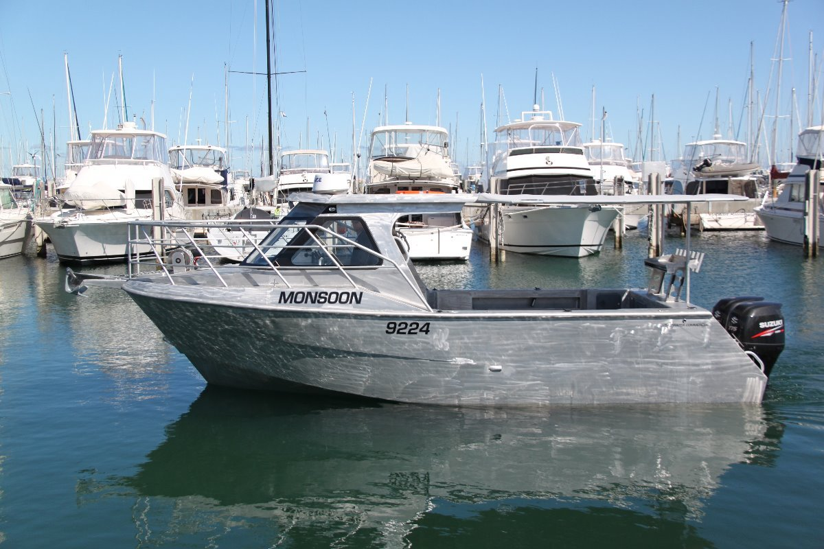 Saltwater Commercial Boats 8.0m Hardtop Saltwater Commercial Workboats