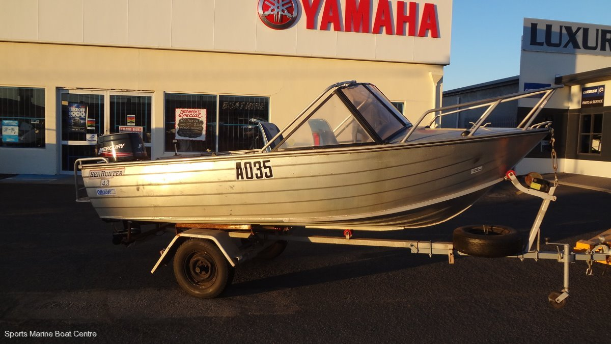 Sea Hunter Runabout 4.3
