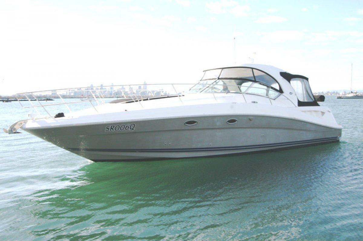 Sea Ray 425 Sundancer Hardtop Diesel Sports Cruiser