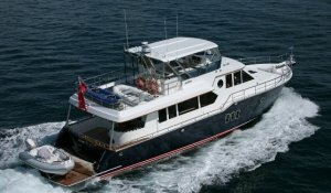 Activa 6400 Raised Pilothouse