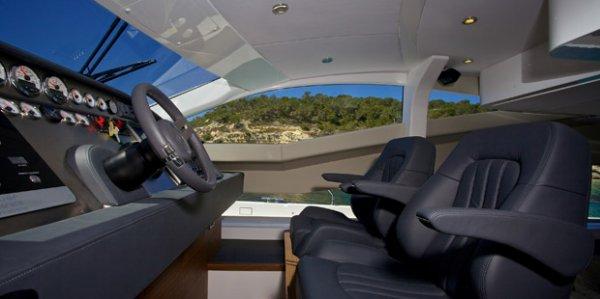 New Hudson Next Generation Passage Maker Power Catamaran