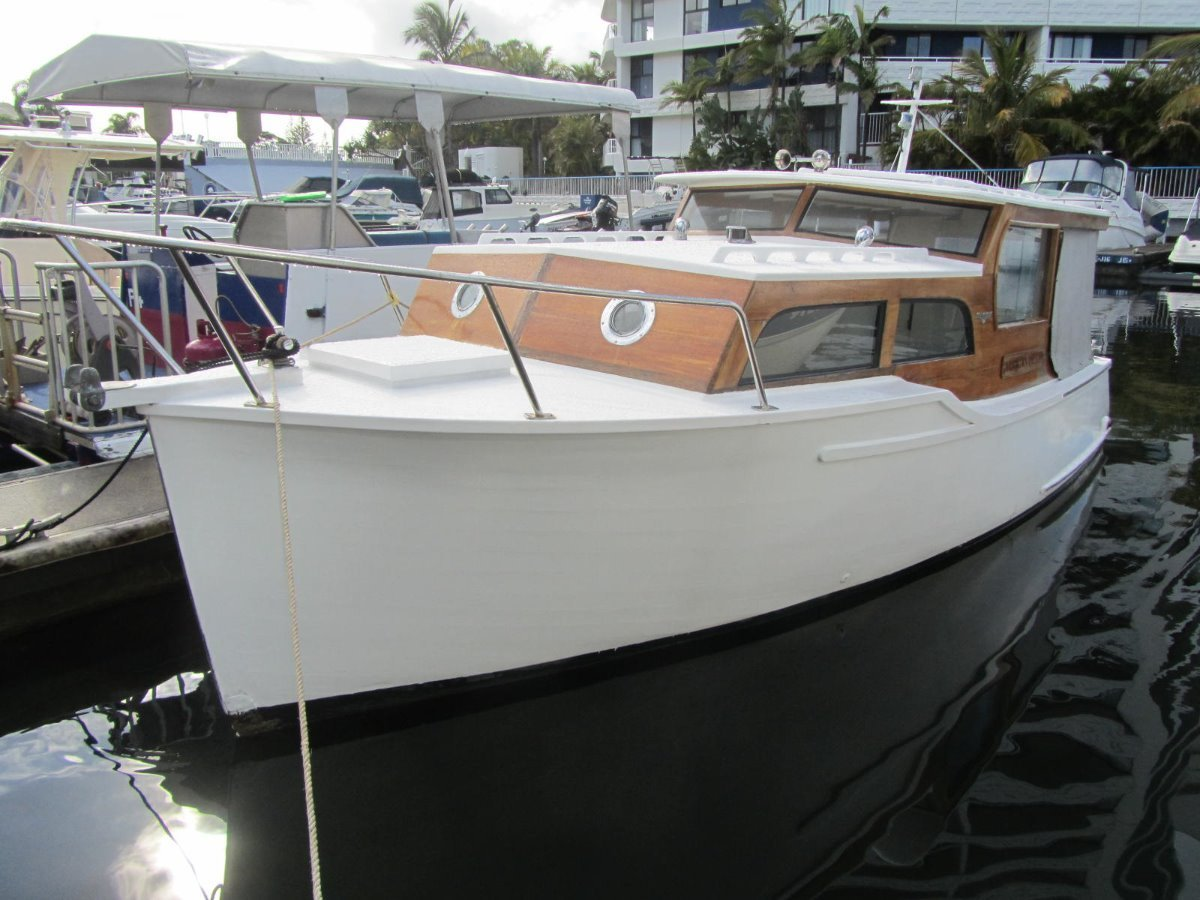 Halvorsen 21 Classic Sedan Cruiser