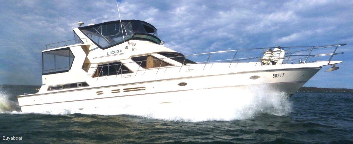 Vitech 55 Luxury Flybridge