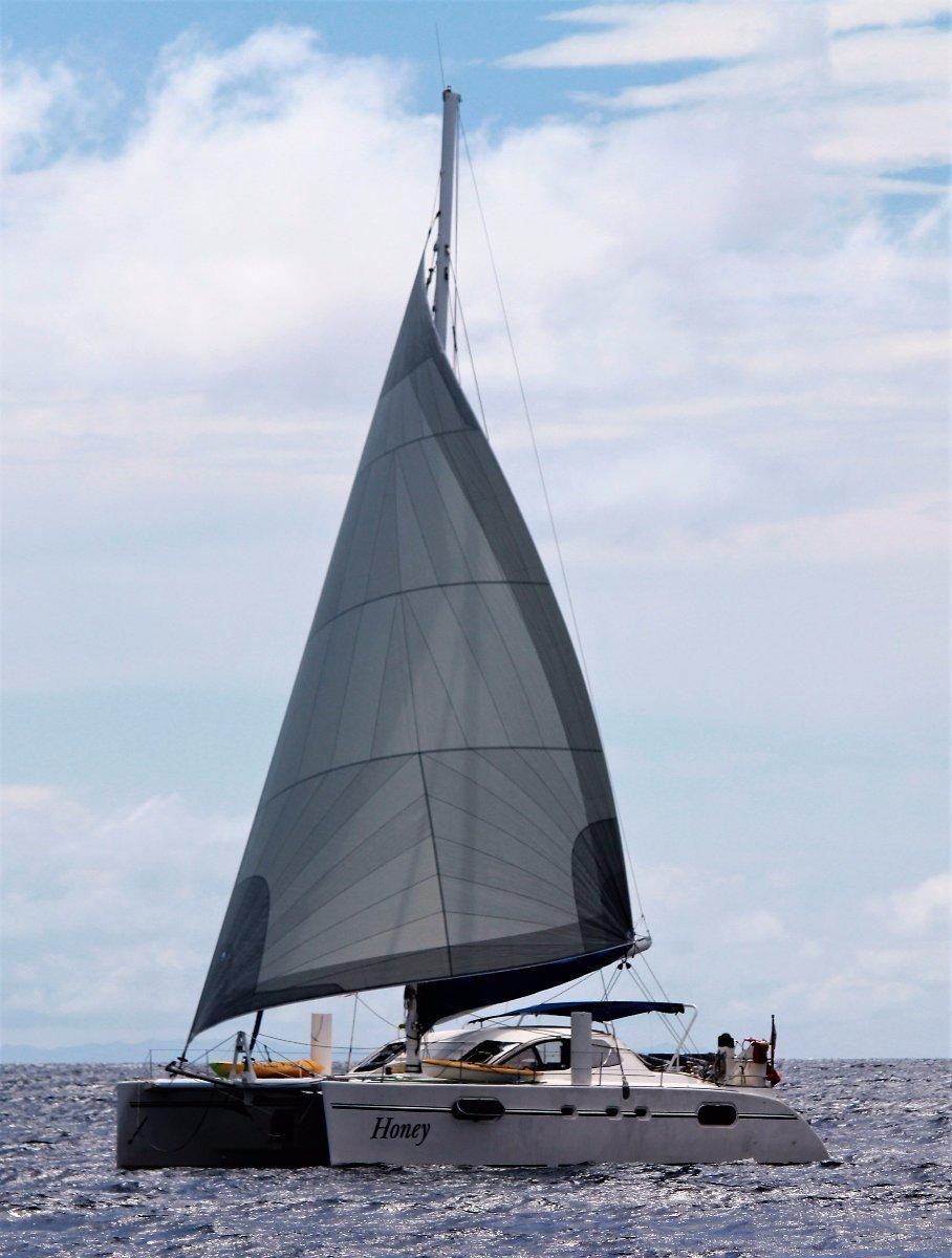 Catana 471 Bluewater offshore world reknown sailing yacht