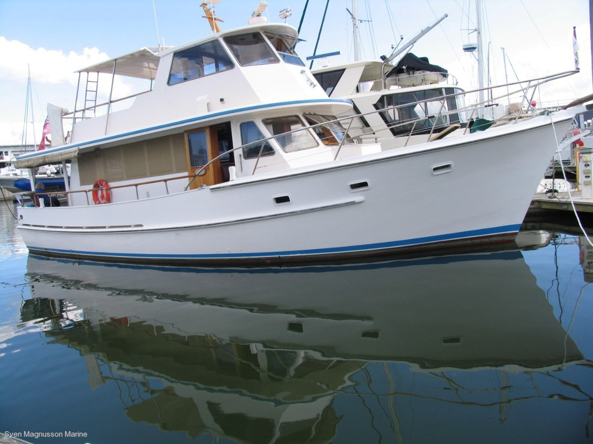 Hughes 47 Flybridge Cruiser - Long distance Family Cruiser