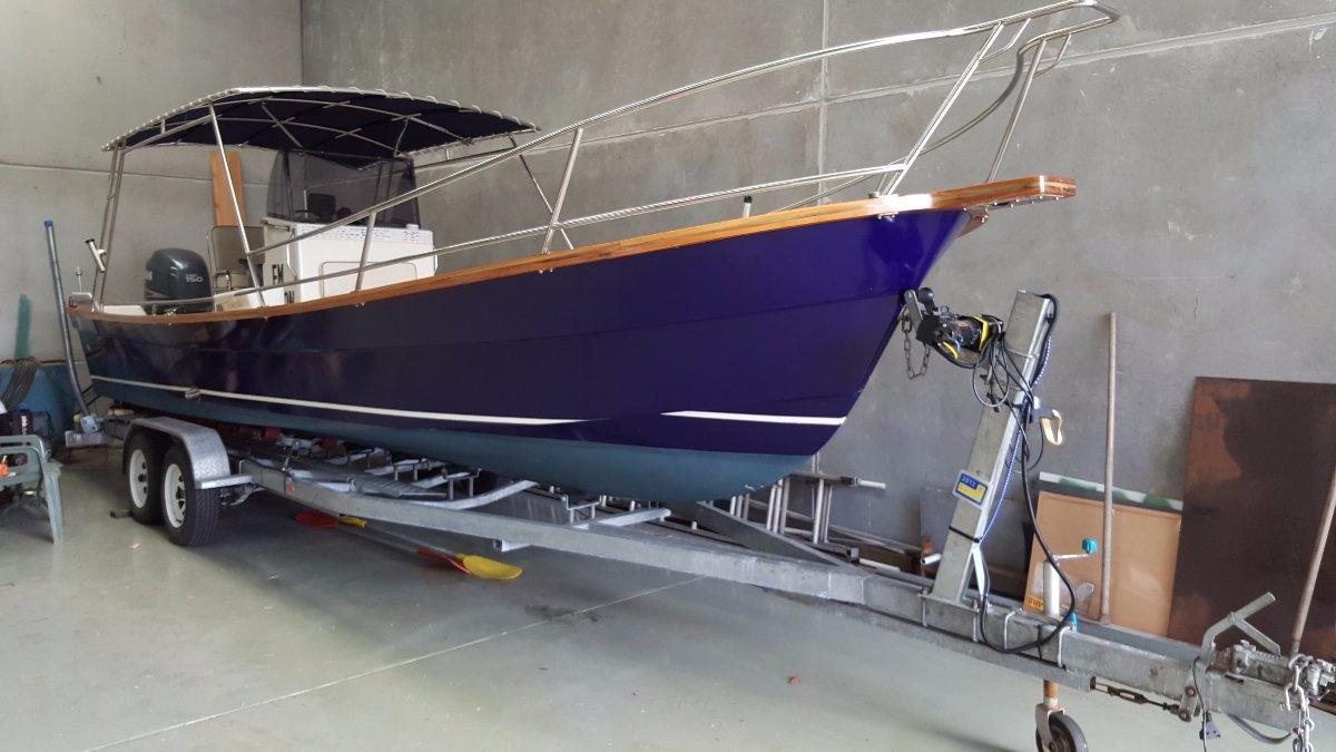 Ocean Glider 8.2 Centre Console