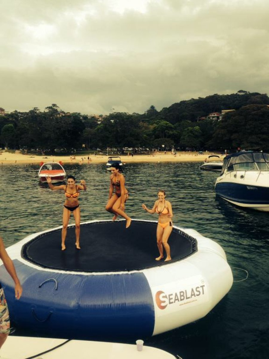 Inflatable 5 m trampoline, Great behind the boat or of the beach or lake.