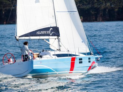Azuree 33C - The Sailor's Yacht