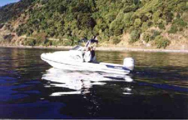 RD 600 RIB Deep Vee - Cuddy Cabin