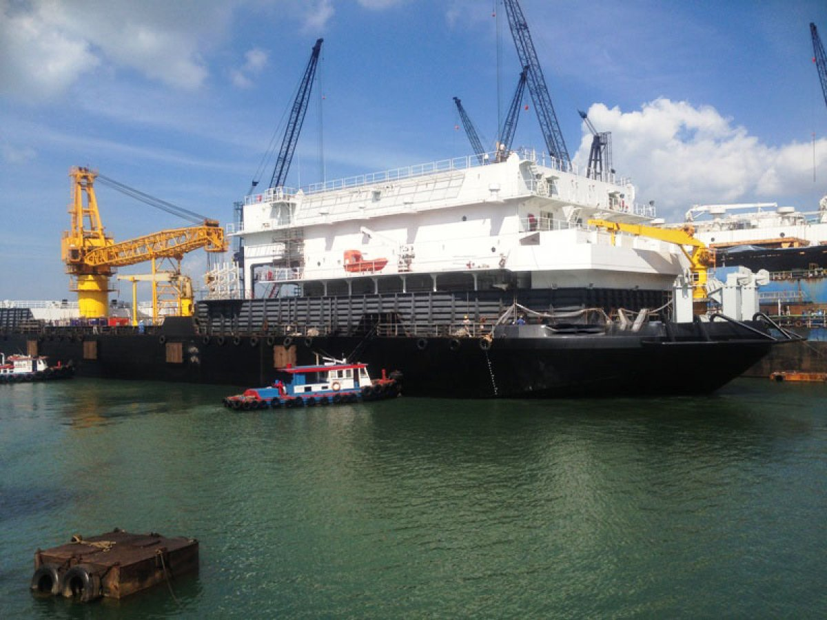 Custom Accommodation Work Barge