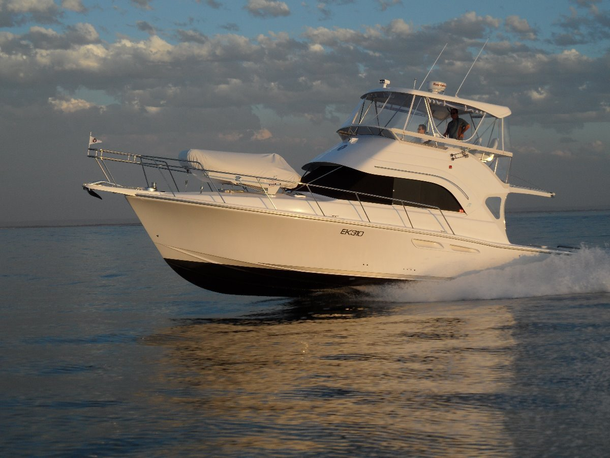 Caribbean 40 Flybridge Cruiser:Benchmark Performance