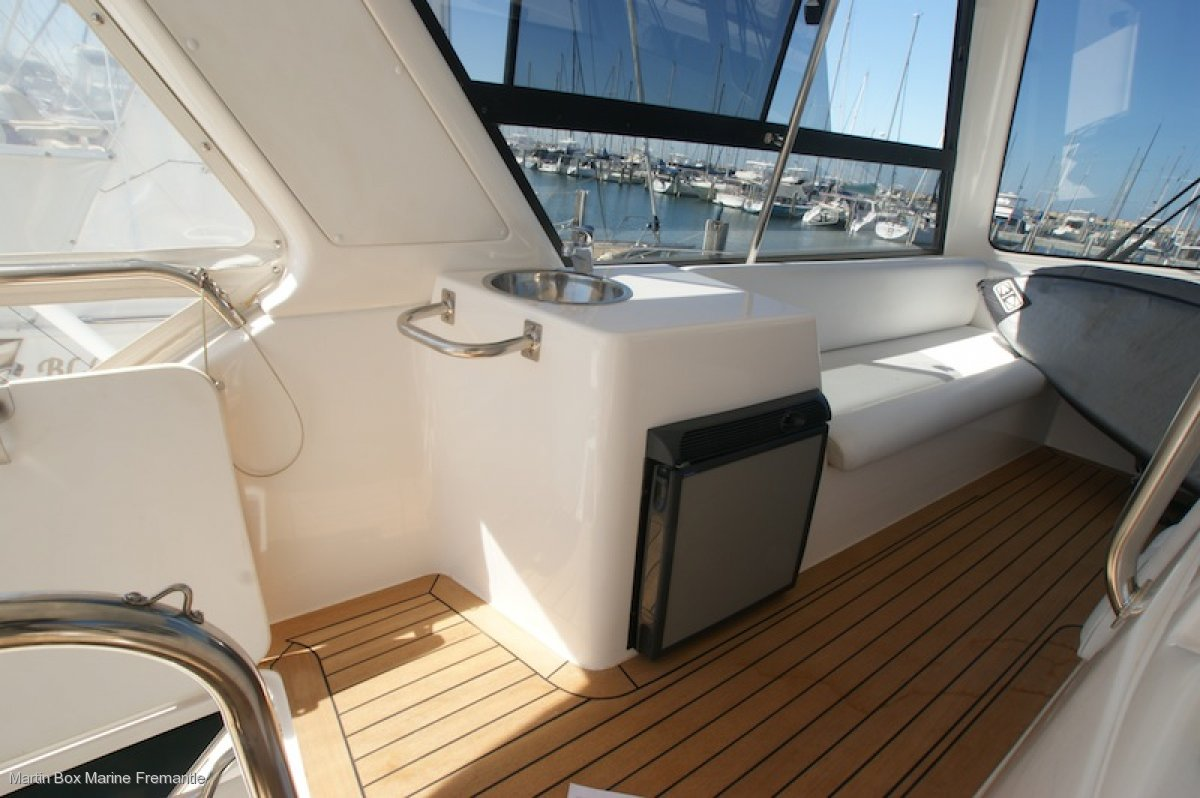 Caribbean 49 Flybridge Cruiser (Extended 47' to 50')