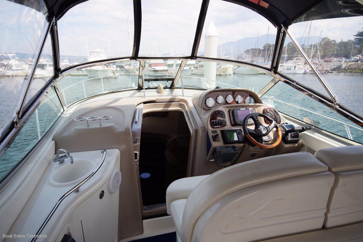 "Sea Ray 335 Sundancer ""Stingray"""