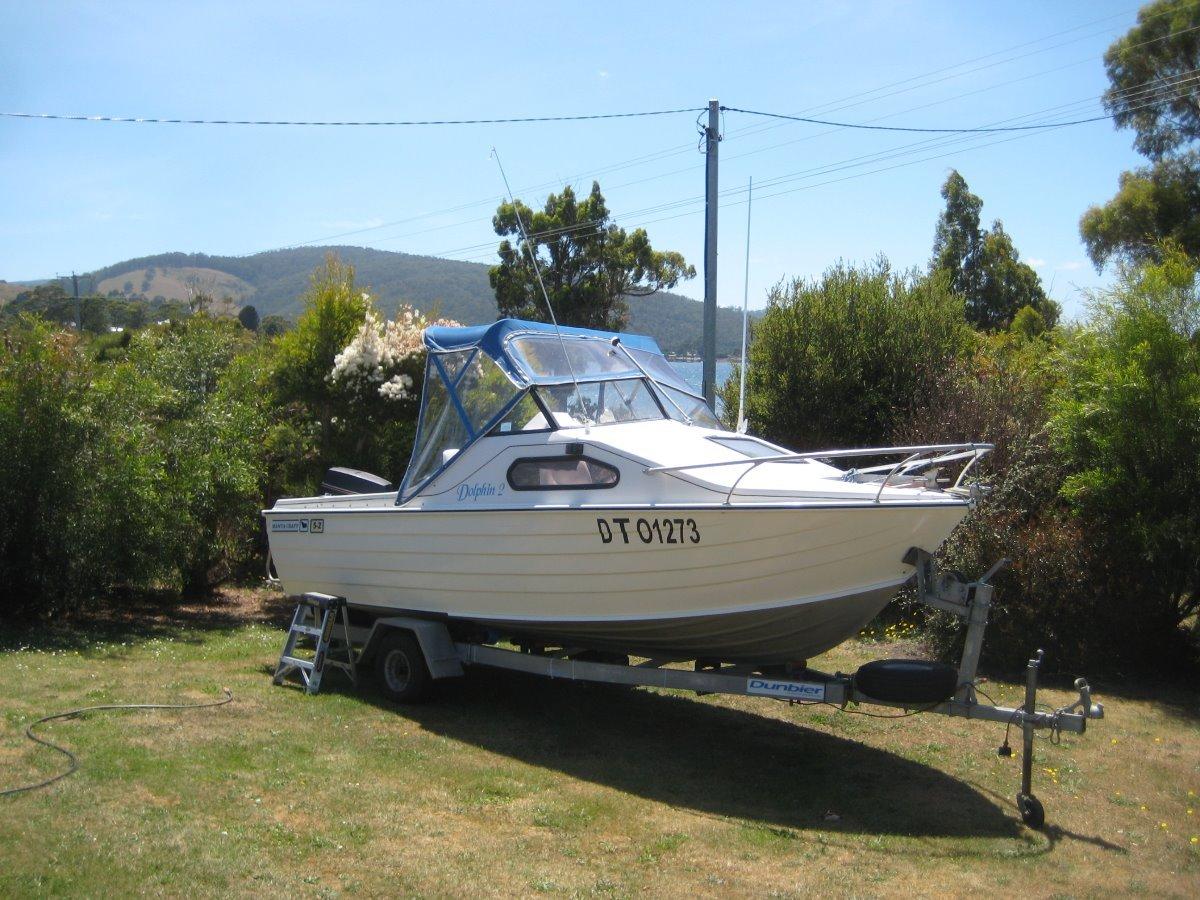 Manta 52 Family cruising or a safe comfy fishing platform