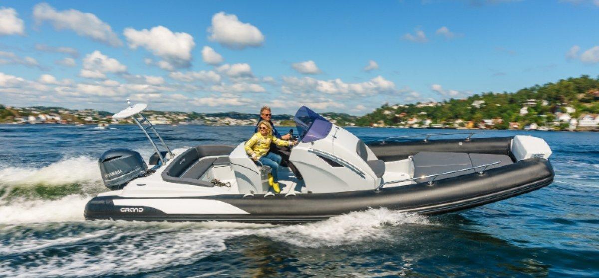 Grand Golden Line Hypalon Cruiser 8.5m Deluxe