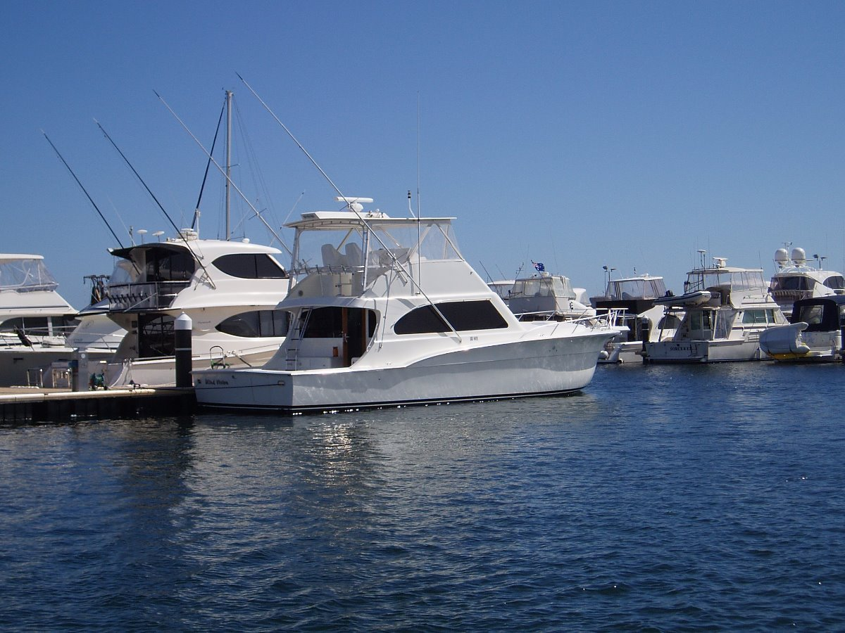 Cavileer 48 -not looking for a Caribbean, Maritimo or Riviera?