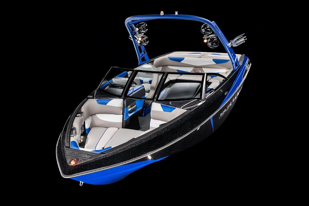 Malibu Wakesetter 22 VLX + Indmar Ford Monsoon 410 6.2L Marine Engine