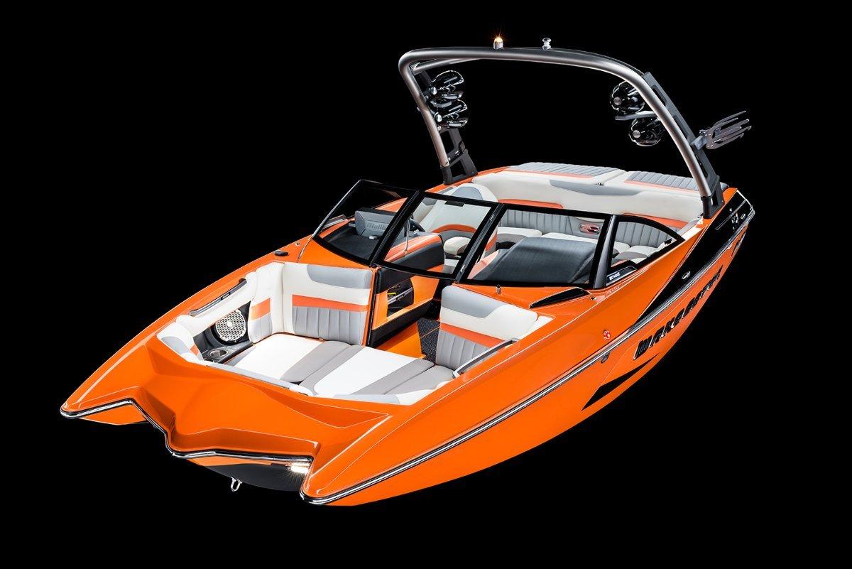 Malibu Wakesetter 20 Mxz + Indmar Ford Monsoon 410 6.2L Marine Engine